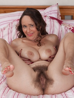 Frre hairy mature pics